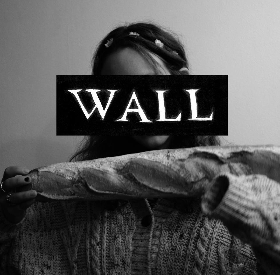 wall music broke my bones